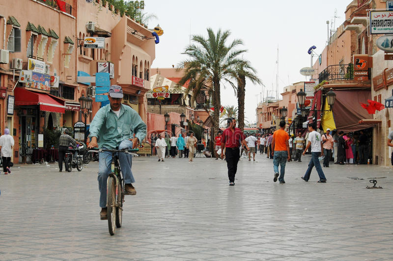 EL-Fnaa Medina de Jemaa de C4marraquexe, Marrocos fotos de stock royalty free