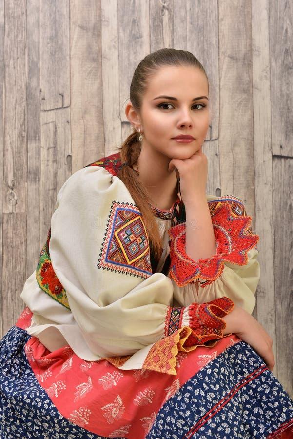 El folclore eslovaco viste tradicional fotografía de archivo libre de regalías