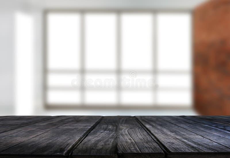 El fondo borroso ventana vacía de la tabla del tablero de madera puede ser utilizado foto de archivo libre de regalías