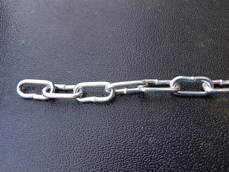 El fondo de cadena de la textura del hierro del metal, croma fuerte protege imagen de archivo libre de regalías