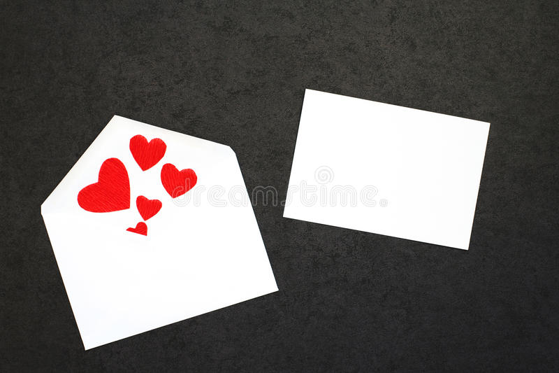 El fondo de la tarjeta del día de San Valentín con la tarjeta imágenes de archivo libres de regalías
