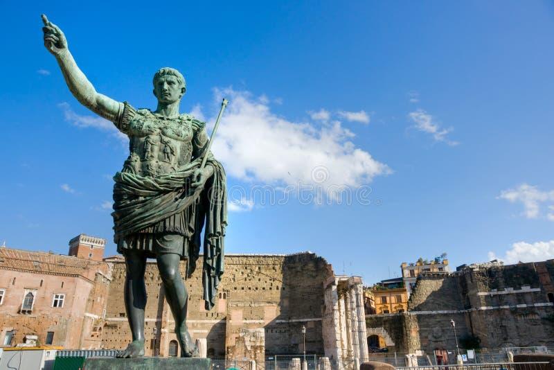 El foro de Trajan, Roma, Italia. imagen de archivo libre de regalías