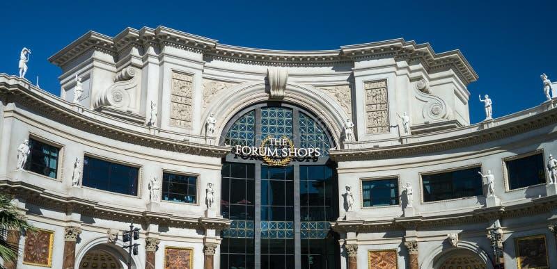 El foro hace compras en el Caesars Palace Las Vegas foto de archivo libre de regalías
