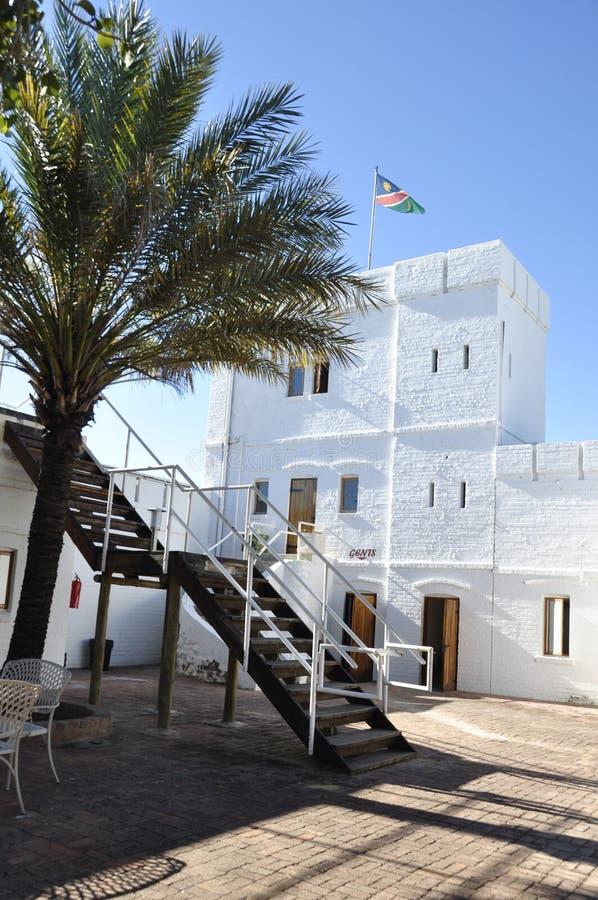 El fuerte histórico Namutomi de los centros turísticos NWR de la fauna de Namibia adentro imagenes de archivo