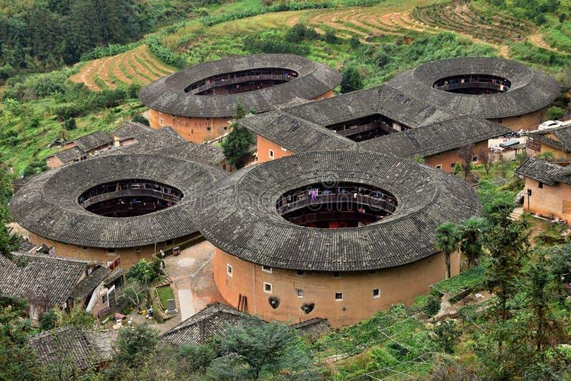 El Fujian Tulou, la vivienda de tierra rural china única a la minoría del Hakka en la provincia de Fujian en China fotos de archivo