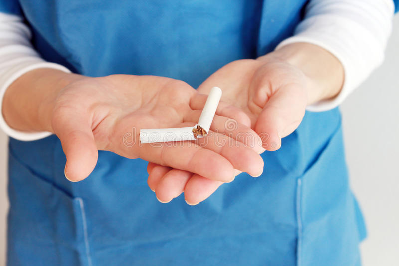 El fumar salido imágenes de archivo libres de regalías