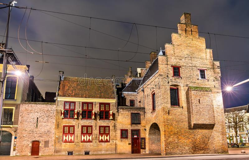 El Gevangenpoort, una puerta anterior y prisión medieval en La Haya, Países Bajos fotografía de archivo