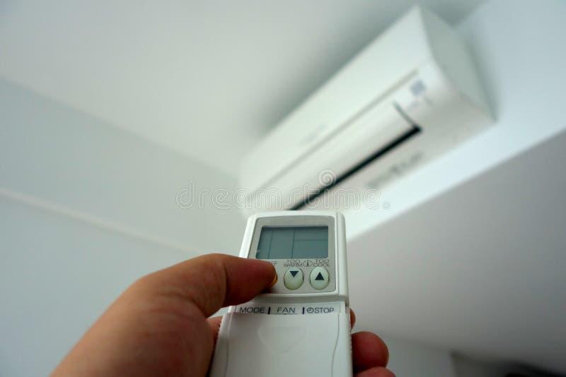 El girarse del aire acondicionado foto de archivo libre de regalías