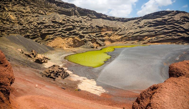 El Golfo - зеленое озеро стоковые изображения rf