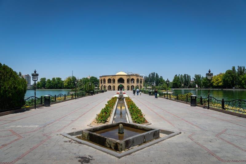 El Golu parkerar i Tabriz, det östliga Azerbajdzjan landskapet, Iran royaltyfria foton