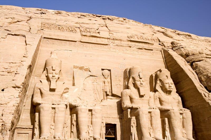 El gran templo de Abu Simbel fotografía de archivo