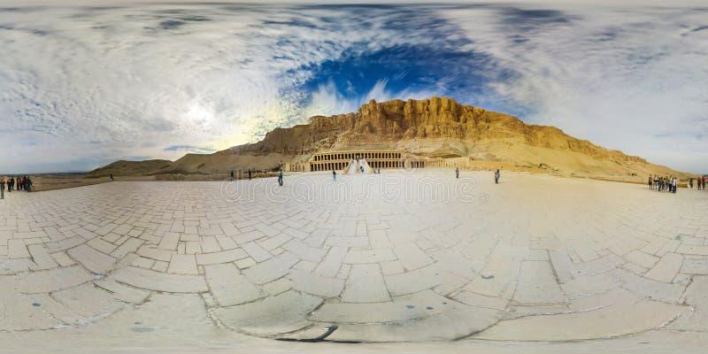 El gran templo de Hatshepsut en 360 VR foto de archivo libre de regalías