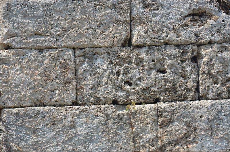 El griego clásico de Antalya Perge, millares de piedra de los años bloquea la pared imagen de archivo libre de regalías