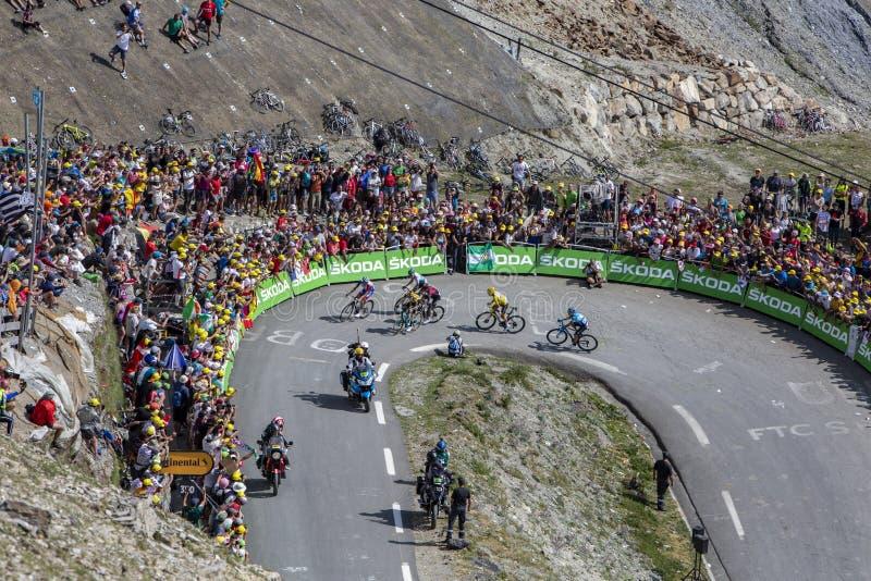 El grupo de líderes en Col du Tourmalet - Tour de France 2019 imagen de archivo libre de regalías