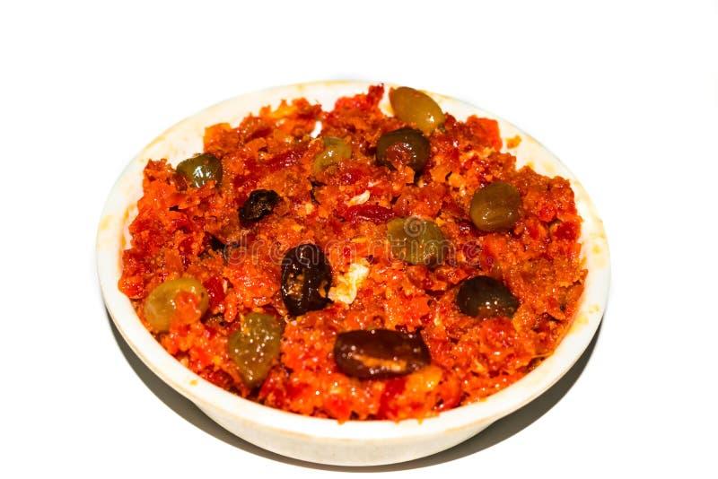 El halwa de Gajar es zanahoria basó el pudín hecho con el khya, leche, almendra, pistacho imagenes de archivo