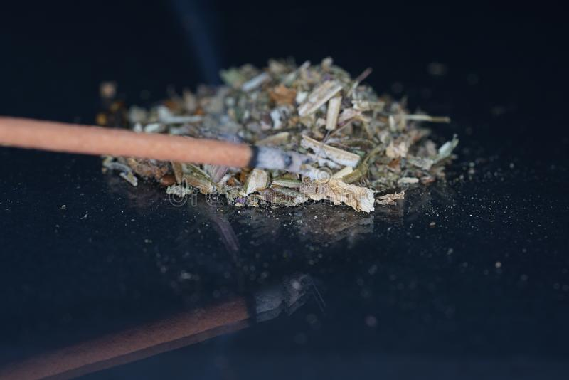 El harz fragante se ofrece generalmente en su forma de la resina imagen de archivo