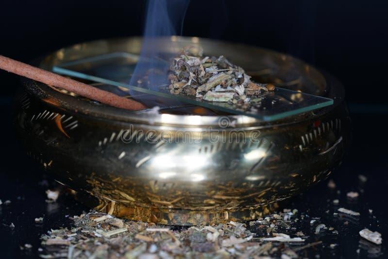 El harz fragante se ofrece generalmente en su forma de la resina imagen de archivo libre de regalías
