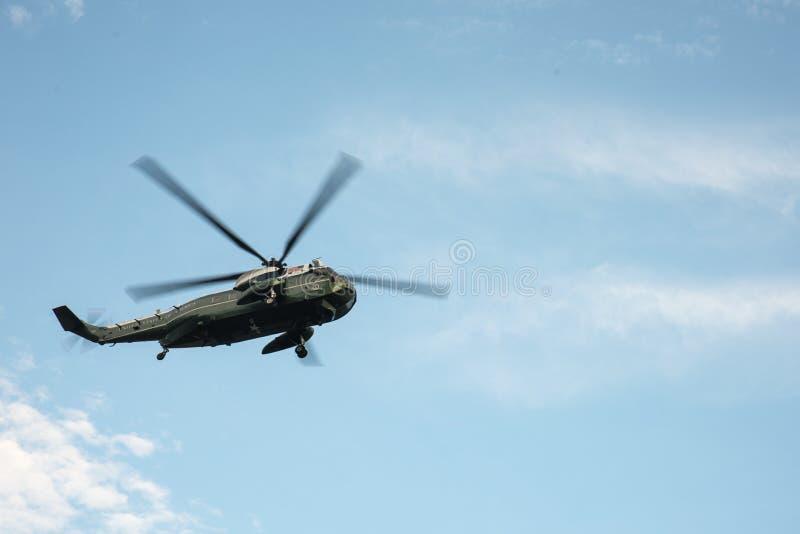 El helicóptero presidencial en New York City fotos de archivo
