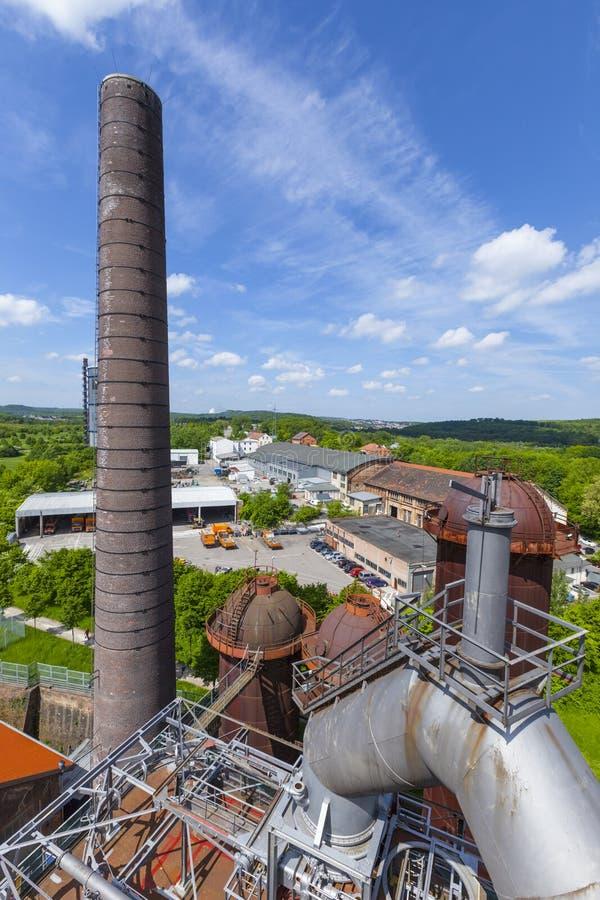 El hierro viejo trabaja los monumentos en Neunkirchen fotografía de archivo