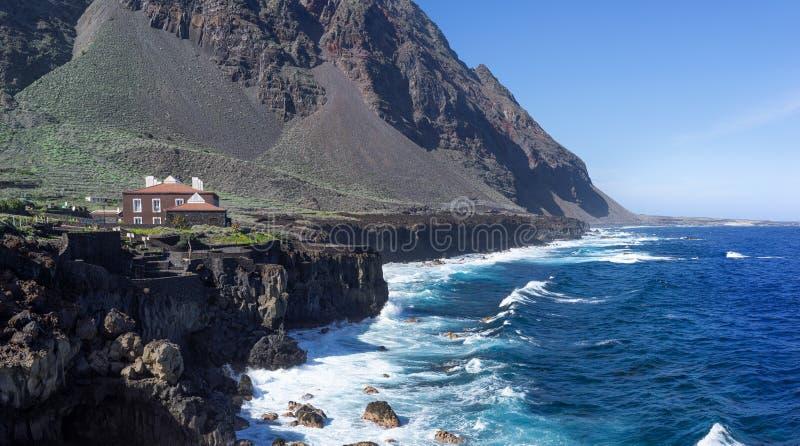 El Hierro - View sulla costa di Pozo de la Salud immagine stock