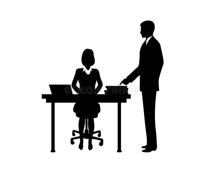 El hombre de negocios da instrucciones a la secretaria que se sienta en una tabla libre illustration