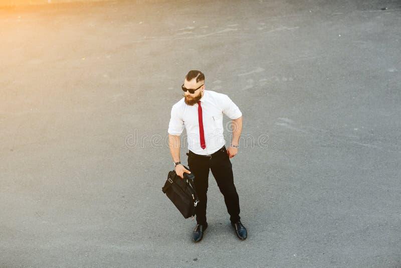 El hombre de negocios vino a la reunión imagenes de archivo