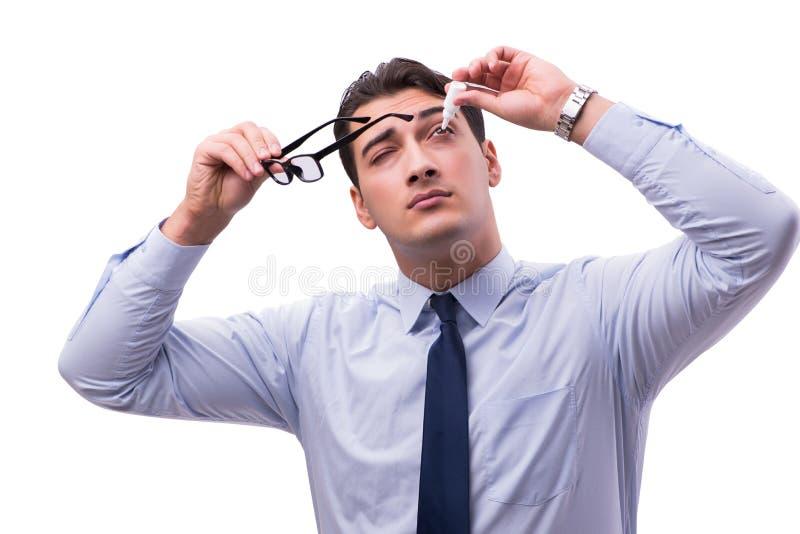 El hombre joven en concepto médico del cuidado del ojo imagenes de archivo