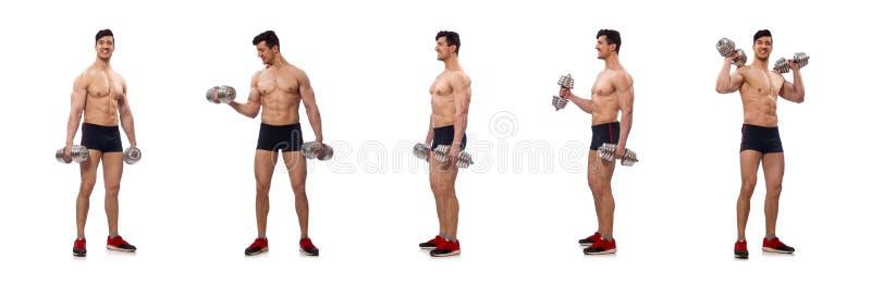 El hombre muscular aislado en el fondo blanco imagen de archivo