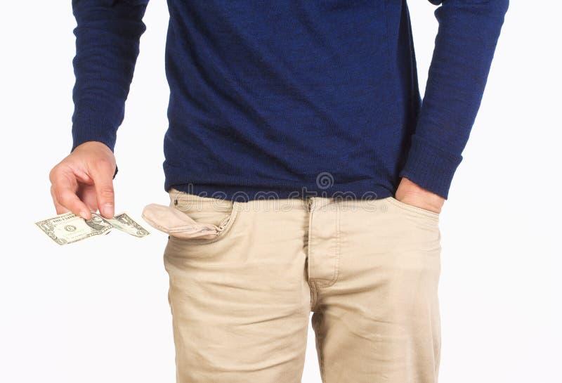 El hombre que busca para cobra adentro sus bolsillos imágenes de archivo libres de regalías