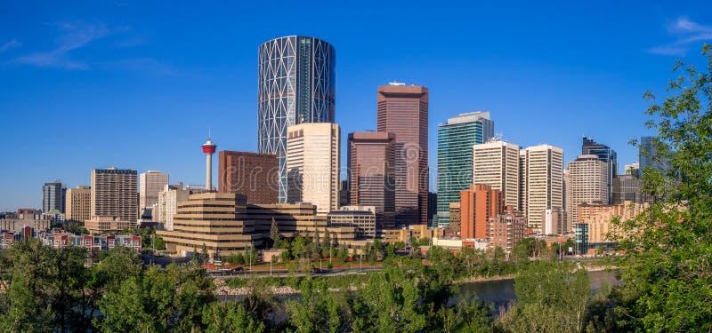 El horizonte de Calgary imagen de archivo