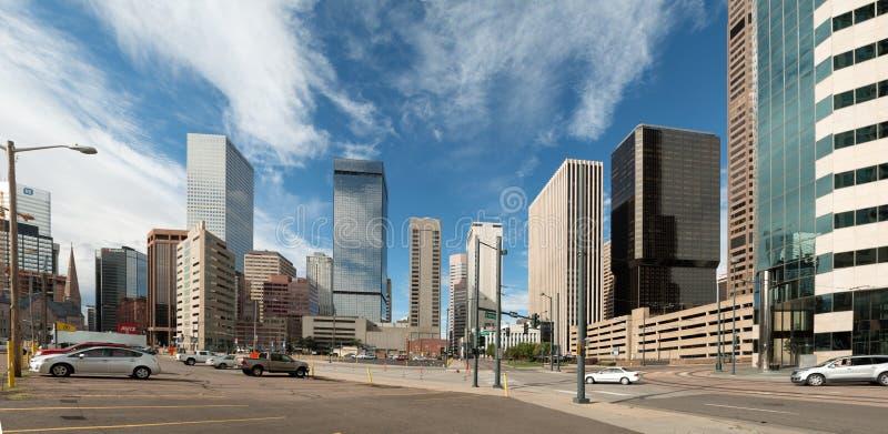 El horizonte emergente de Denver, Colorado foto de archivo libre de regalías