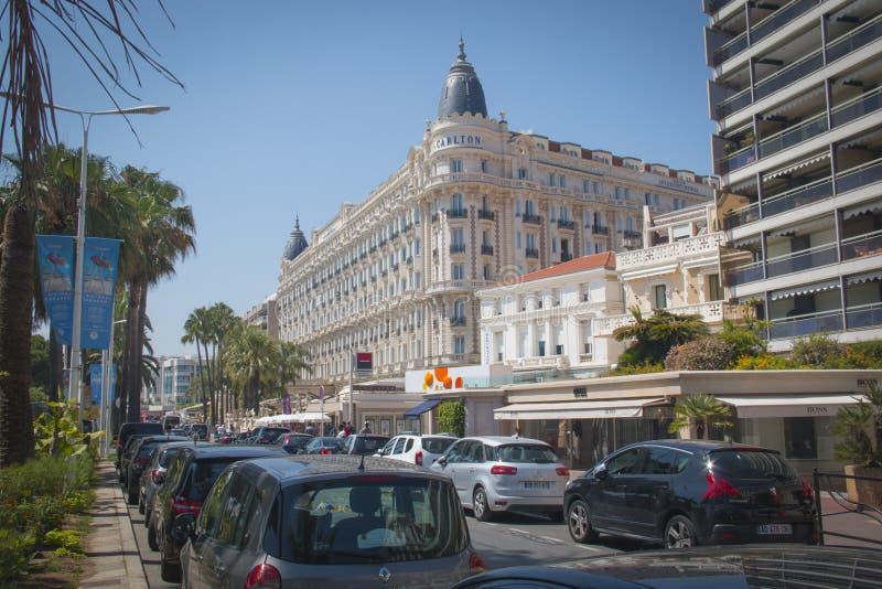 El hotel de Carlton en Cannes, Francia foto de archivo