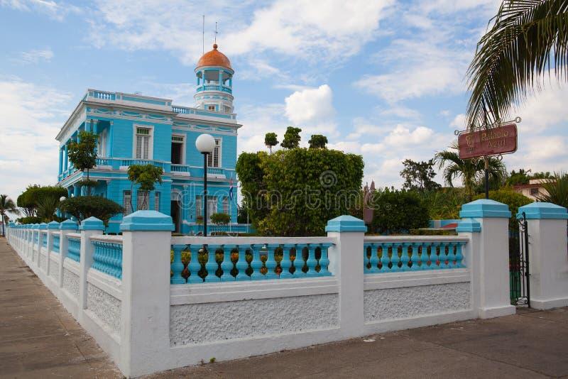 El hotel Encanto Palacio Azul, Cienfuegos, Cuba fotos de archivo