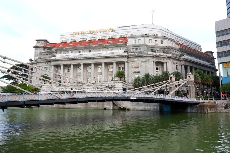 El hotel por la tarde, Singapur de Fullerton fotografía de archivo