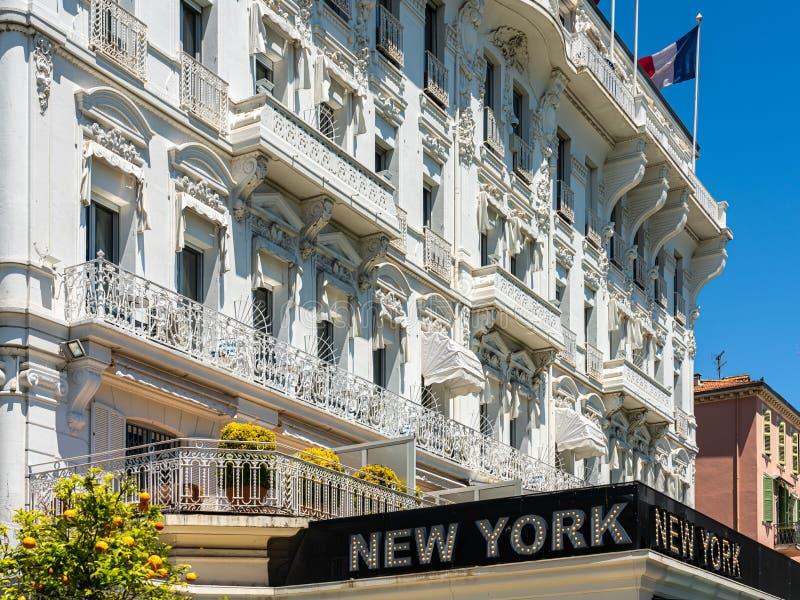 El Hotel Splendid De Cannes Es Uno De Los Lugares Más Antiguos De La Ciudad imagenes de archivo