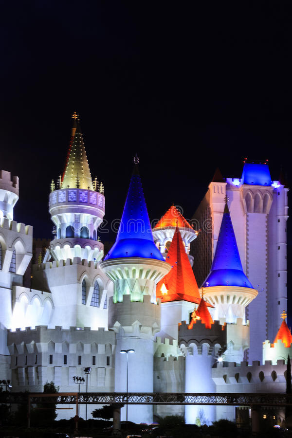 El hotel y el casino de Excalibur - en Vegas imagen de archivo
