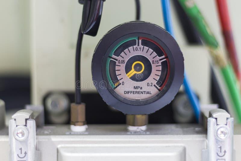 El indicador del diferencial de presión imagenes de archivo