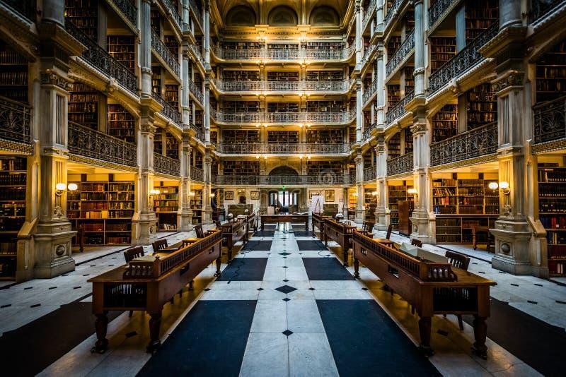 El interior de la biblioteca de Peabody, en Mount Vernon, Baltimore, imágenes de archivo libres de regalías