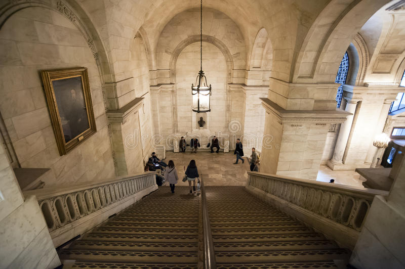 El Interior De La Biblioteca Pública De Nueva York Imagen