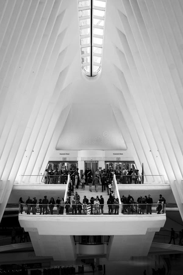 El interior del Oculus, en el World Trade Center en Lower Manhattan, New York City foto de archivo libre de regalías