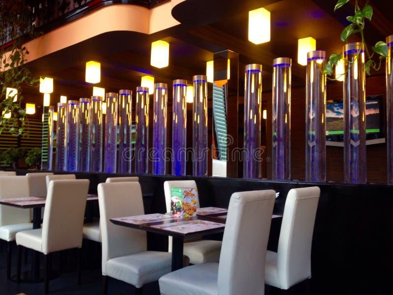 El interior del restaurante imagen de archivo libre de regalías
