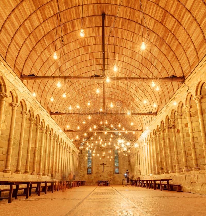 El interior enciende Le Mont Saint-Michel fotos de archivo libres de regalías