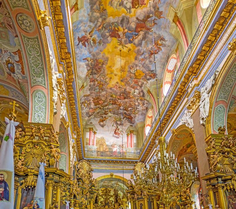 El interior espléndido de la iglesia fotografía de archivo