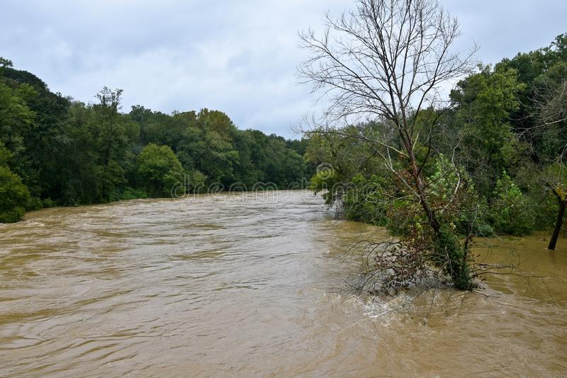 El inundar debido al huracán Florencia en Carolina del Norte foto de archivo