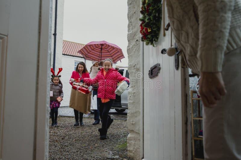 El ir al ` s de la abuela para la Navidad imagen de archivo libre de regalías