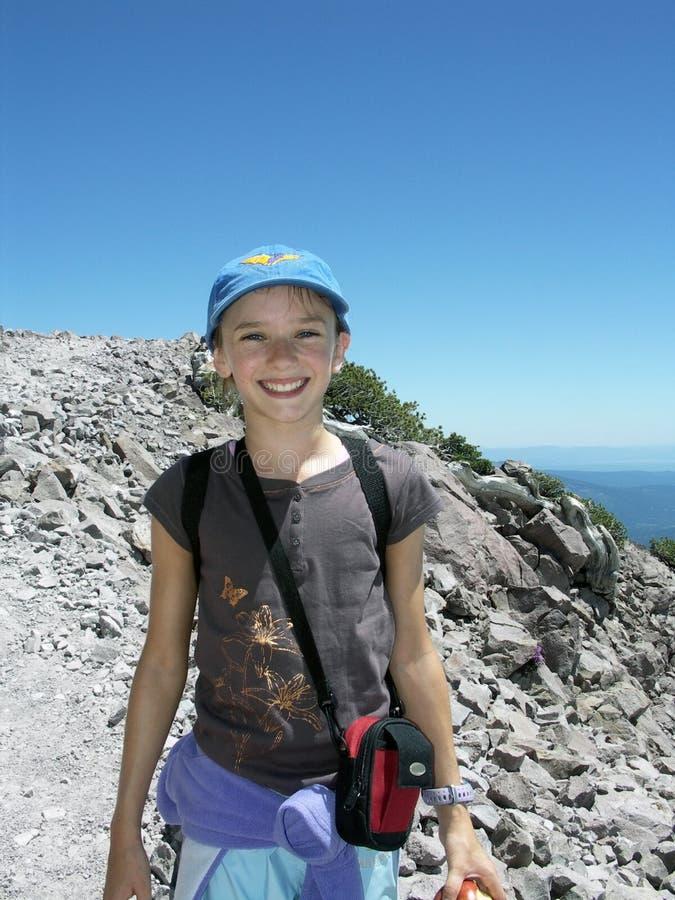 El ir de excursión de la niña fotografía de archivo