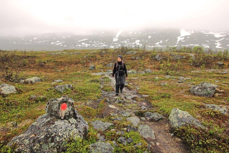 El ir de excursión en Laponia fotografía de archivo libre de regalías