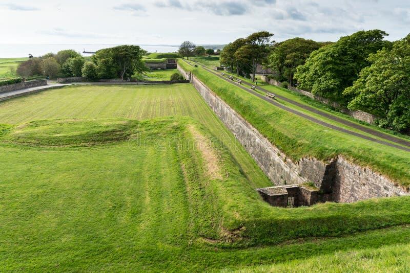 El isabelino, terraplenes de Berwick sobre el tweed, Northumberland imagenes de archivo