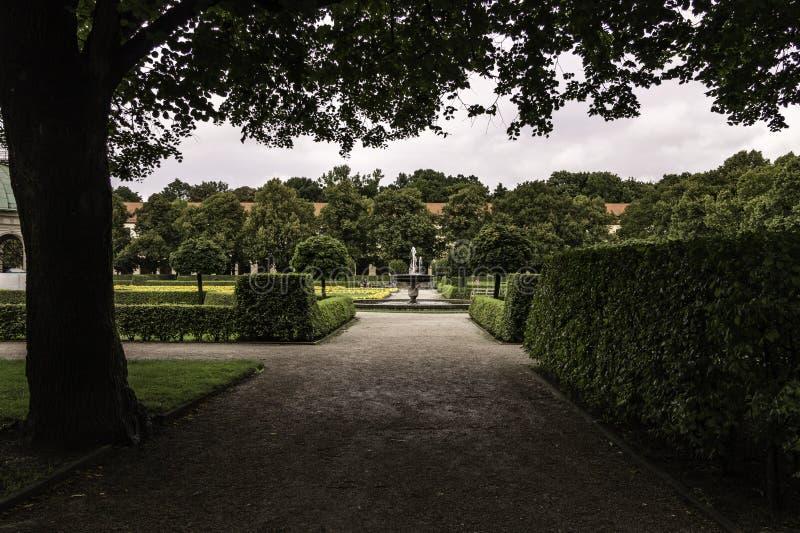El jardín de la corte Hofgarten, Munich fotografía de archivo