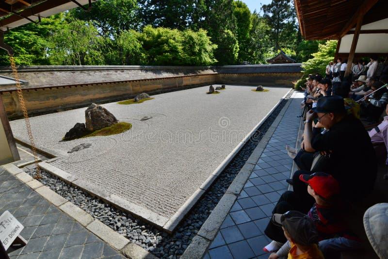 El jardín seco Templo del zen de Ryoan-ji kyoto japón imágenes de archivo libres de regalías